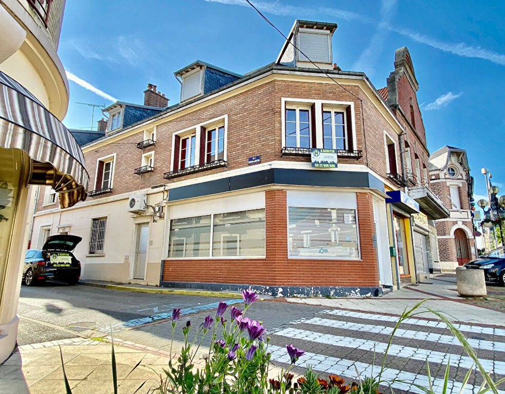 EXCLUSIVITE ! IMMEUBLE A USAGE MIXTE MONTDIDIER - 147 m2